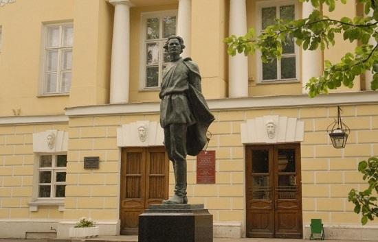 литературный институт имени горького